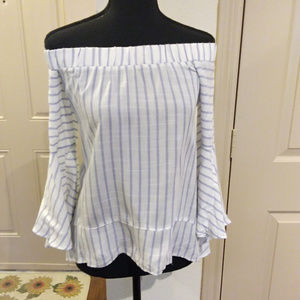 * Essue blue striped off the sholder shirt size S